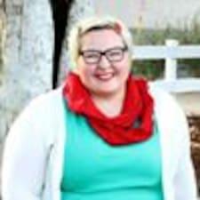 Потребителски профил на Ellen
