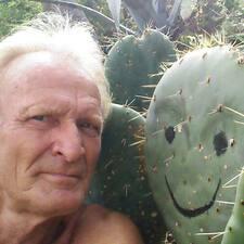 Tjaard User Profile