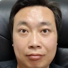 Профиль пользователя 伟
