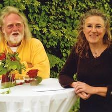 Stephan Hamann & Heidi Kowalski Superhost házigazda.