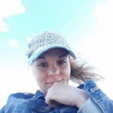 Карина felhasználói profilja