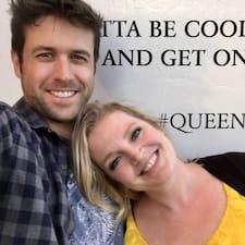 Becca And Andrew é um superhost.