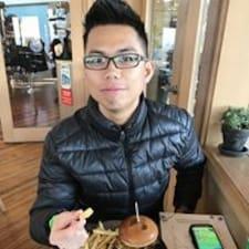 Alex Tan felhasználói profilja