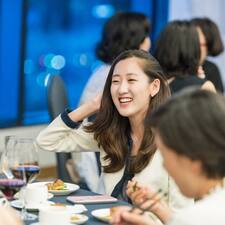 Joo Yeon的用戶個人資料