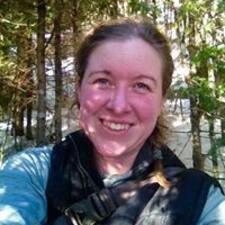 Ashlynne W. User Profile