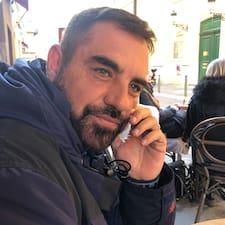 โพรไฟล์ผู้ใช้ Giovanni Marcello