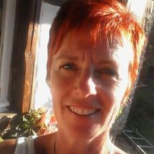 Françoise Superhost házigazda.