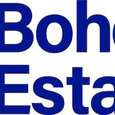 Bohemian Estates je domaćin.