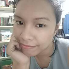 Arlyn felhasználói profilja