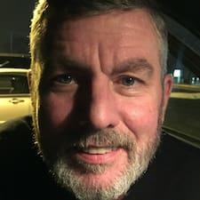 Profil Pengguna John