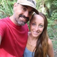 Jesse & Amanda is a superhost.