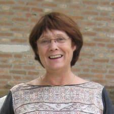 โพรไฟล์ผู้ใช้ Marie-Hélène