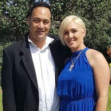 Kim And Lance is een SuperHost.