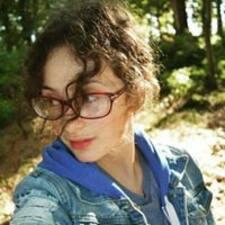 Profil Pengguna Kirstin
