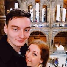 Profil korisnika Rosie & Anthony