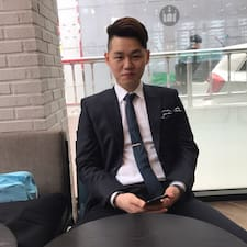 Το προφίλ του/της YongHoon