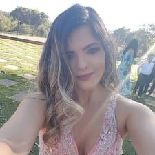 Laís Karolinne User Profile