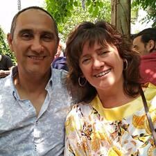 โพรไฟล์ผู้ใช้ Arantza  Y Juan Carlos