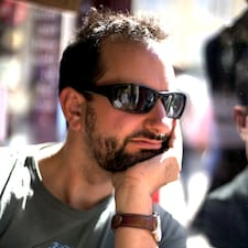 Alastair felhasználói profilja