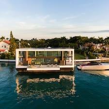 Nutzerprofil von House Yacht Living