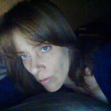 Angela님의 사용자 프로필