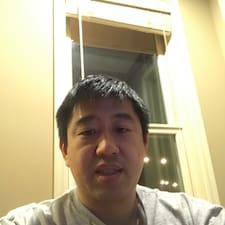 פרופיל משתמש של Eric