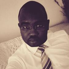 โพรไฟล์ผู้ใช้ Saïkou Oumar