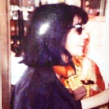 Fatim Zahra er en superhost.