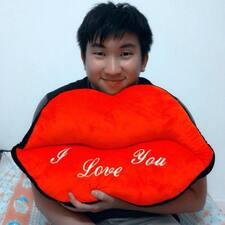 Zhen Qian felhasználói profilja