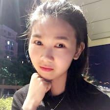 关耳小姐 User Profile