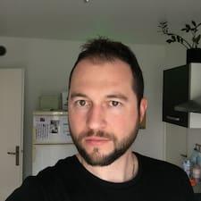 Emilien - Profil Użytkownika