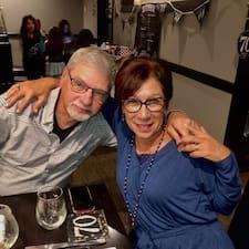 Lynn & Richard felhasználói profilja