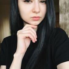 Nutzerprofil von Yuliya