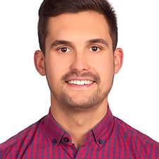 Víctor Manuel的用戶個人資料