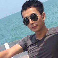 Henkilön 炜森 käyttäjäprofiili
