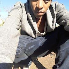 Innocent Mduduzi的用户个人资料