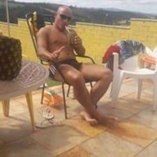 Profil Pengguna Marcos Adriano Adam