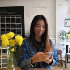 Användarprofil för Jia Yi