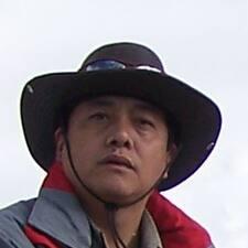 辉 User Profile