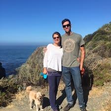 โพรไฟล์ผู้ใช้ Seth & Karen
