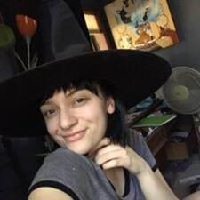 Profil korisnika Caitlin