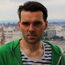 Andrzej ist ein Superhost.