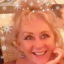 Lynetta felhasználói profilja