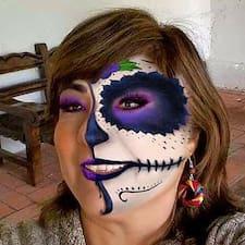 Perfil de usuario de Monica