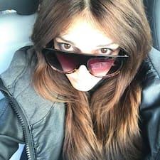 Jelena Gloria felhasználói profilja