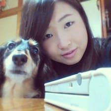 Ayaka felhasználói profilja