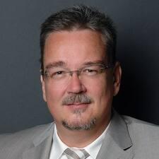 Jörg的用戶個人資料