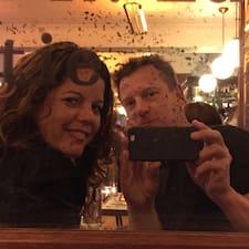 Jaap & Natalie is a superhost.