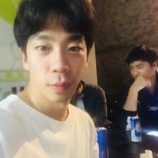 종헌 felhasználói profilja