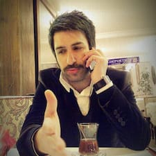 Mehmet Cevat คือเจ้าของที่พัก